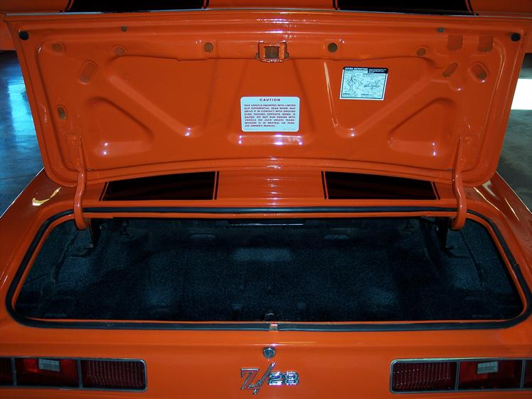 hugger_orange_camaro_for_sale_7
